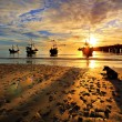 Fishing Boat Hua-Hin beach at dawn. — Stock Photo