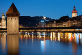 Chapel Bridge in Luzern at night — Stock Photo