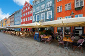 Houses with small cafes on Nyhavn — Stock Photo