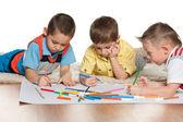 Chłopcy rysunek na papierze — Zdjęcie stockowe