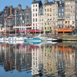 Honfleur harbour in the morning — Stock Photo