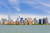 Manhattan in a cloudy june day — Stock Photo