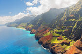 Na Pali Coast on Kauai island in summer — Stock Photo