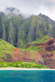 Na Pali Coast in a cloudy day — Stock Photo