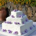 バラのウエディング ケーキ — ストック写真