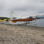 Float planes parked on Naknek Lake in Katmai National Park — Stock Photo