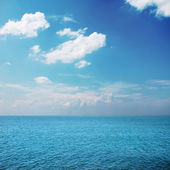Cloudy sky and sea — Stock Photo