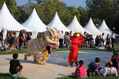 MARSEILLE, FRANCE - AUGUST 26: Chinese dance with dragon. Marsei — Stock Photo