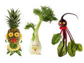 Funny portraits made ??from beet , fennel and pineapple — Zdjęcie stockowe