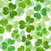 St. Patrick's day seamless background with shamrock. Vector EPS-10. — Stock Vector