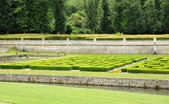 France, French formal garden in the Domaine de Villarceaux — Stock Photo