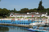 Val d Oise, swimming pool of L Isle Adam — Stock Photo
