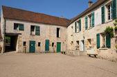 Ecancourt farm in Jouy Le Moutier in Val d Oise — Stock Photo