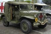 Oude amerikaanse militaire vrachtwagens — Stockfoto