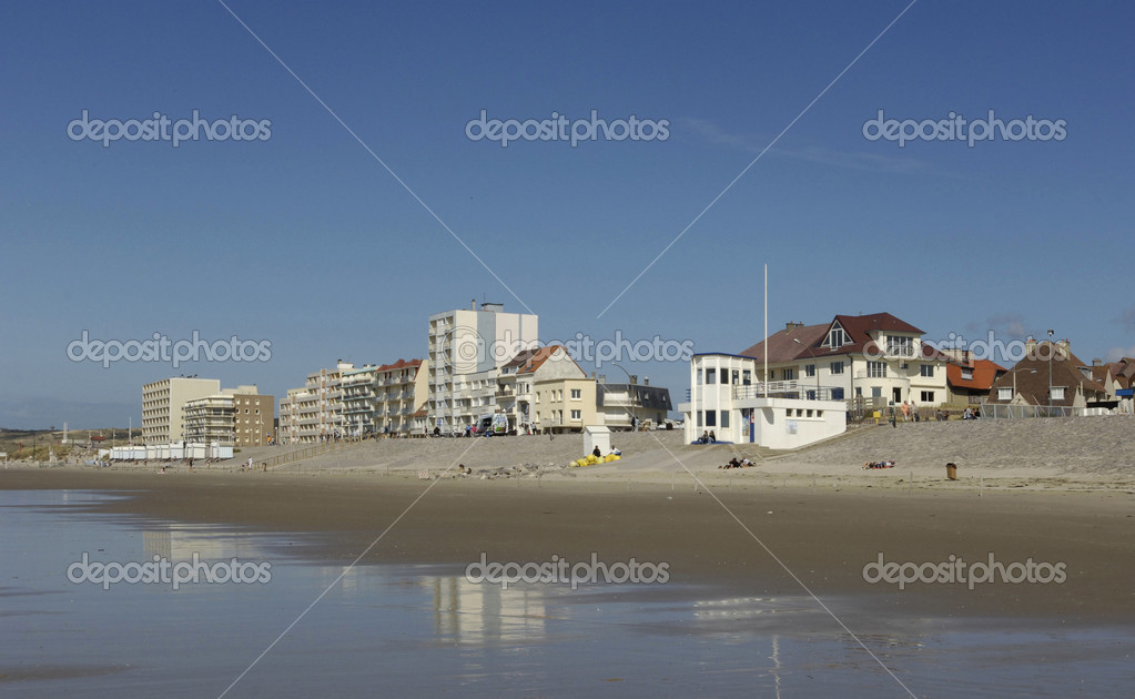 Hardelot-Plage France  city photos gallery : Hardelot Plage in Nord Pas de Calais — Stock Photo © packshot ...