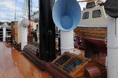 古い、歴史的なストックホルムのボートで、ポート — ストック写真