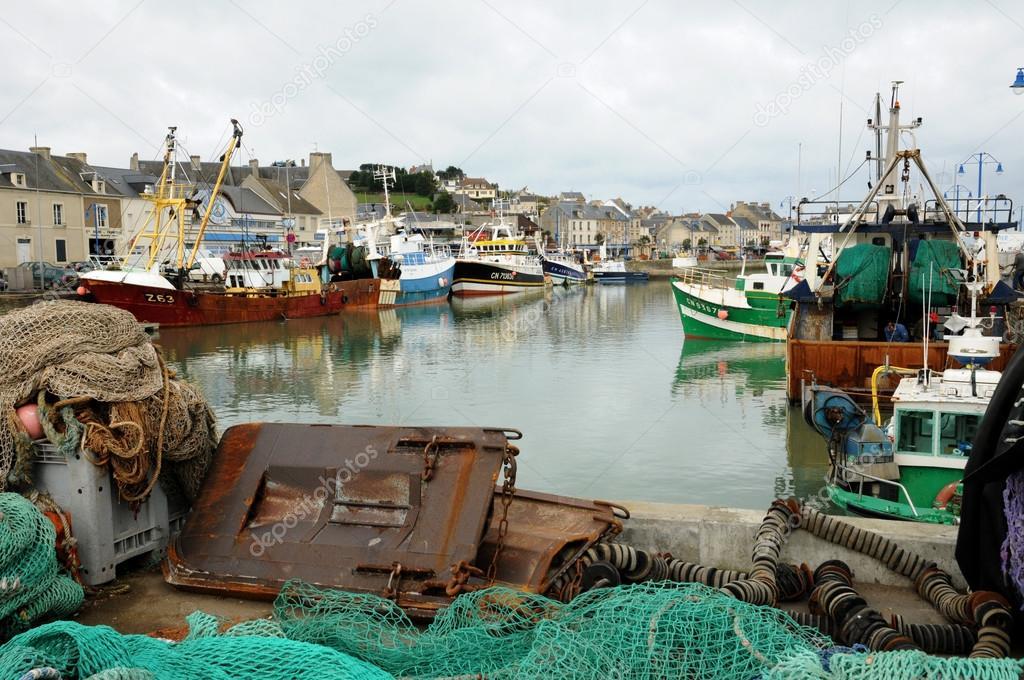Port de pêche de port en bessin en Normandie — Photo ...