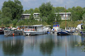 Francia, el puerto de verneuil sur seine — Foto de Stock