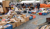 Old objects at Marolles district flea market in Brussels — Stock Photo