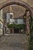 Picturesque village of Riquewihr in Alsace — Stock Photo