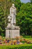 France, the statue of Sully in Rosny sur Seine — Stock Photo