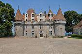 ペリゴール、ドルドーニュ県ワイン館の絵のような城 — ストック写真
