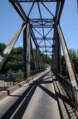 Iron bridge of Lacave in Lot — Zdjęcie stockowe