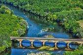 Perigord, the picturesque bridge of Castelnaud in Dordogne — Stock Photo