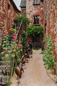 Francia, pintoresco pueblo de collonges-la-rouge — Foto de Stock