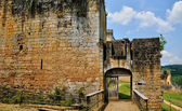 France, picturesque castle of Commarque in Dordogne — Stockfoto