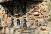 Francia, fontana di saint bernard a soligny la trappe — Foto Stock