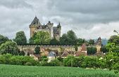 France, picturesque castle of Montfort in Vitrac — Zdjęcie stockowe