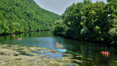 Perigord, canoeing on Dordogne river in Castelnaud la Chapelle — Stock Photo