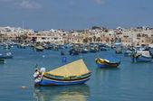 Malta, die malerische stadt marsaxlokk — Stockfoto