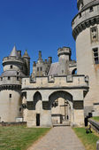 Picardie, the picturesque castle of Pierrefonds in Oise — Foto de Stock