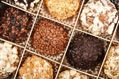 Caixa de chocolates artesanais — Fotografia Stock