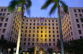 Main entrance to the Hotel Nacional de Cuba. — Stock Photo