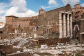 古罗马-意大利在废墟的 di 奥古斯托 · — 图库照片