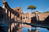 Teatro Marittimo at Villa Adriana — Stock Photo