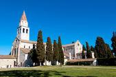 Aquileia Basilica and grassyard — Stock Photo