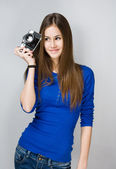 Teen girl with photo camera. — Stock Photo