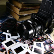 Retro Medium Format Film Camera and Paraphernalia — Stock Photo #32040871