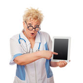 Doctor woman holding tablet computer — Stock Photo