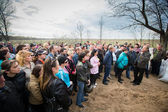Kramatorsk. Ukraine. People block the exit of the military airfield. April 2014 — Stock Photo