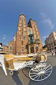 Piazza della città vecchia di cracovia, polonia — Foto Stock
