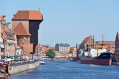 The medieval port crane over Motlawa river in Gdansk, Poland — Stock Photo