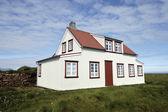 Typical Icelandic house. — Stock Photo