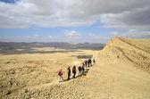 Hikers in Negev desert. — Stock Photo