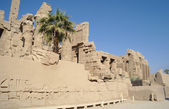 Ancient architecture of Karnak temple in Luxor, Egypt — Stock fotografie