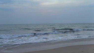 Evening on the ocean coast,Sri Lanka. — Stock Video